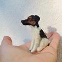 Kutya hasonmás - egyedi miniatűr kutya szobor, Képzőművészet, Állatfelszerelések, Szobor, Kutyafelszerelés, Egyedi kézzel készített tűnemez miniatűr kutya szobor , gyöngy szemmel.  Elküldött fotó alapján dolg..., Meska