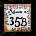 Egyedi tűzzománc utcatábla  - rózsás, Otthon & lakás, Táska, Divat & Szépség, Lakberendezés, Utcatábla, névtábla, Magyar motívumokkal, Egyedi,tűzzománc házszám, utcatábla, megrendelésre készül.  Mérete: 15 x 15 cm  A választott motívum..., Meska