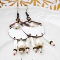 Karola - tűzzománc fülbevaló  (fehér), Esküvő, Ékszer, óra, Esküvői ékszer, Fülbevaló, Ékszerkészítés, Tűzzománc, Elegáns, nőies, könnyű viselet. A fülbevaló teljes egészében vörösrézből készült, a vörösréz alapot..., Meska