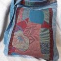 Farmer-vászon táska, Táska, Válltáska, oldaltáska, Farmer-vászon egyedi oldaltáska. Kézműves termék. Tépőzárral záródik. Méret: 33cm×26cm , Meska