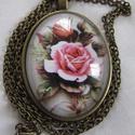 Vintage-rózsás nyaklánc, Igazi romantikus vintage nyaklánc. A lencse mére...
