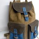 Klasszikus hátizsák őszi színekkel 1, Táska, Hátizsák, Tarisznya, A hátizsák igazán klasszikus: 2 zseb, bőrszíjjal összehúzható, csatok minden mennyiségben. ..., Meska