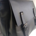 Mini minimál hátizsák - fekete, Táska, Ruha, divat, cipő, Hátizsák, A hátizsák matt fekete marhabőrből  készült.  Nyers vászon béléssel, a bélésen kis zseb, ..., Meska