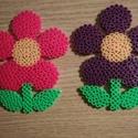 Anyák napi vasalható gyöngy virágok , Anyák napja, Vasalható gyöngyből készült virágok ., Meska