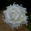 Mini ékszercsokor élethű 'real touch' rózsából, Esküvő, Esküvői csokor, Esküvői dekoráció, Egy szál élethű 'real touch' rózsából készítettem ezt a csokrot. A virágot selyem szirmok v..., Meska
