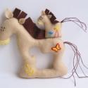 Együtt mókásabb!- lovacskák, Baba-mama-gyerek, Otthon, lakberendezés, Játék, Készségfejlesztő játék, Varrás, Filc anyagból készültek, ezek a saját tervezésű, kézzel készített vidám lovacskák. Mókás játék kics..., Meska