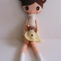 Kitti és Kira, Baba-mama-gyerek, Játék, Baba, babaház, Plüssállat, rongyjáték, Baba-és bábkészítés, Mindenmás, 37 cm magas, egyedi tervezésű, kézzel varrt, kedves textilbaba csini mini ruhában.Kézzel horgolt  t..., Meska