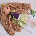 Elizabeth királykisasszony és békája- öltöztethető textilbaba, Gyerek & játék, Játék, Baba, babaház, Plüssállat, rongyjáték, Kb. 37 cm magas, egyedi tervezésű, kézzel varrt, öltöztethető bájos textilbaba királylány ruhában, t..., Meska