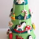 Díszíthető adventi karácsonyfa (24db dísszel+ csúcsdísz csillaggal) Azonnal vihető!, Dekoráció, Játék, Ünnepi dekoráció, Varrás, 65cm magas, díszíthető karácsonyfa Adventre, hogy még izgalmasabb legyen az ünnepi várakozás a gyer..., Meska