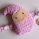 Manócska- meggymag párna (rózsaszín szívecskés), Gyerek & játék, Játék, Plüssállat, rongyjáték, Pamut anyagból készült, meggymaggal töltött, manócska alakú gyógypárnácska. A meggymag párna nagy el..., Meska