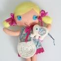 Milli- öltöztethető textilbaba kiselefánttal és kiegészítőkkel (Azonnal vihető!), Gyerek & játék, Játék, Baba, babaház, Kedves, mosolygós, copfos öltöztethető baba  aprócska elefánival. Arca kézzel hímzett.  A baba méret..., Meska