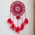 Piros álomfogó, Otthon & lakás, Dekoráció, Dísz, Horgolás, 28 cm átmérőjű keretre horgoltam piros fonalból a mintát, melyhez egy 6 cm átmérőjű, szintén horgol..., Meska
