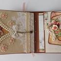 Egyedi, kézműves virágos születésnapi scrapbook album, Naptár, képeslap, album, Fotóalbum, Jegyzetfüzet, napló, Gyönyörű, teljes mértékben kézzel készült, személyre szabott születésnapi albumot készítettem, melyh..., Meska