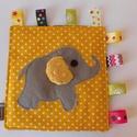 Elefántos játszókendő- különleges, kézműves játszókendő, taggie, babajáték, Baba-mama-gyerek, Játék, Készségfejlesztő játék, Különleges elefánt applikációval készült játszólendőt készítettem. A játszókendőt géppel varrtam, há..., Meska