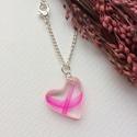 'Jeges pink' lánc, Ékszer, Medál, Nyaklánc, Gyantából készített szív formájú medál, pink toll díszítéssel, élénk színben. Medál: fényes, üvegsze..., Meska