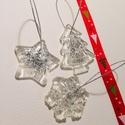 Ezüst karácsonyfadísz szett, Dekoráció, Ünnepi dekoráció, Karácsonyi, adventi apróságok, Karácsonyfadísz, Műgyantából készítettem áttetsző karácsonyfadíszeket, ünnepi motívumokkal, szett/5db. Ezüst színű cs..., Meska
