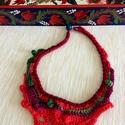 Free crochet , Ékszer, óra, Nyaklánc, Ékszerkészítés, Horgolás, Horgolt, mutatós textilékszer, melyet  egy Mákófalvi /Kalotaszeg/ bútorfestő  színvilága ihletett. ..., Meska