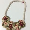 Vintage textilékszer, Ékszer, Nyaklánc, Íme a yo yo technika. A nyakrész franciakötéses. 54 cm hosszú, Meska