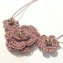 Rose gold filigrán, Ékszer, Nyaklánc, Textilékszer finom csipkevirágokkal.50 cm, Meska