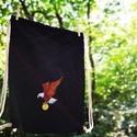 Sas mintás hímzett tornazsák, Táska, Hátizsák, A sas egyike a világ legerősebb és legkarakteresebb madarainak. Egyedül repülnek, mert mindig c..., Meska