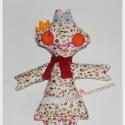Virágos Béka királylány, Játék, Plüssállat, rongyjáték, Játékfigura, Varangyosbéka helyett virágosbéka hölgy szeletett! :)  Kedvenc mintás pamutvászon anyagomból ..., Meska