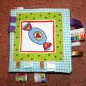 puha könyv ,    textil könyv ,  a babakönyv, a baba első könyve , Játék, Készségfejlesztő játék, Társasjáték, Varrás, Patchwork, foltvarrás, Textilkönyv babának tervezve, nincs benne gomb és gyöngy, hogy semmi lerágható része ne legyen... S..., Meska