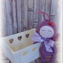 Pittypang a pillangó kislány, Baba-mama-gyerek, Dekoráció, Játék, Baba játék, Baba-és bábkészítés, Horgolás, Eladó Pittypang, a kedves pillangó kislány.A baba 19 cm magas,100% pamutfonalból készült,bélése vat..., Meska