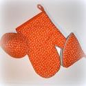 Megfogókészlet  (rózsdás narancs), Konyhafelszerelés, Edényfogó, Ennek a készletnek az alapja egy nagyon kellemes rozsdás narancs színű pamutvászon, melyen elszórva ..., Meska