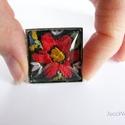 Palóc szögletes - gyűrű tele virággal, Ékszer, óra, Gyűrű, Több mint fél évszázados, egykori palóc fejkendő selyemcérnával hímzett virágainak mentett..., Meska