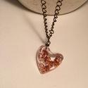 'Copper flake' lánc, Ékszer, Medál, Nyaklánc, Gyantából készült medál lánccal. Medál: szív forma, fényes, üvegszerű. Lánc: bronz szín..., Meska