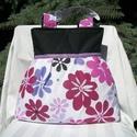 Nagy virágos - válltáska, Táska, Válltáska, oldaltáska, Nagyon szép virágmintás anyagú ez a táska. Elülső részén szatén szalaggal díszítettem. Nagyon szép, ..., Meska