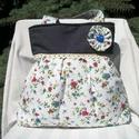 Mezei virágos - válltáska, Nagyon szép virágmintás anyagú ez a táska. El...
