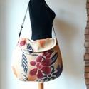 Virágos- válltáska, Erős, mintás anyagból varrtam ezt a táskát.  ...
