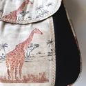Zsiráfos  - válltáska, Erős fekete vásznat zsiráf mintas anyaggal komb...