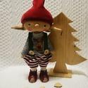karácsonyi manócska, Dekoráció, Játék, Játékfigura, Baba, babaház, A kedves kis manócska kb 26-28 cm magas,a szeme,és a szája hímzett, Meska