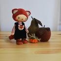 róka baba, Dekoráció, Játék, Játékfigura, Plüssállat, rongyjáték, Baba-és bábkészítés, A kedves kis róka baba kb 20 cm magas,a szeme,és a szája hímzett. ( a rókuci rozsda színű ) A gyümö..., Meska