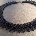 Fekete gyöngygallér, Ékszer, óra, Nyaklánc, Gyöngyfűzés, Fekete cseh kásagyöngyökből készült, egyszerű gyöngygallér. Hossza: 39cm + 5 cm lánchosszabbító Szé..., Meska
