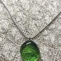 Zöld csillogás- energia medál, Ékszer, Nyaklánc, Energia, üvegmedál sorozatot készítettem, melynek minden darabját Reiki mesteri energiával tö..., Meska
