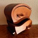 Ékszertartó, Otthon, lakberendezés, Tárolóeszköz, Doboz, Az ékszertartó 19 cm x 15 cm x 9 cm -es. Cseresznyefából készült. Egy darab fából lett kifar..., Meska