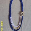 Textil nyaklánc, Kék sárga és fehér összeállításban készült textil lánc. Hossza 45 cm. akár virág díszítéssel de anél..., Meska