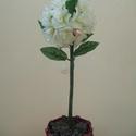 rózsa fa, Dekoráció, Mindenmás, Gömb alakú rózsa.Sok kicsi rózsából.A kis kosár papírból készült. Magassága 35 cm., Meska