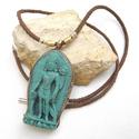 Buddha nyaklánc, Női amulett nyaklánc, Buddhista nyaklánc, Ezoterikus nyaklánc nőknek, Ékszer, Nyaklánc, Rusztikus, valódi  bőr nyaklánc gyönyörű zöld türkiz, álló Buddha medállal. A medál egy nepáli kézmű..., Meska