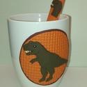 T-Rex bögre, Konyhafelszerelés, Bögre, csésze, Gyurma, Kávésbögrén egy T-Rex. És a kiskanálon is egy.    Szettben most karácsonyi akcióban lehet a tied!  ..., Meska