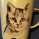 kézzel festett cicás bögre, Dekoráció, Konyhafelszerelés, Bögre, csésze, Festészet, Rendeld meg saját cicád, kutyusod képmását bögrére festve. Akár a fent láthatót is választhatod. 3d..., Meska