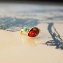 csipkebogyó piros szirom gyűrű továbbgondolva, Ékszer, Gyűrű, Tűzpiros korall és valódi türkiz díszíti ezt a szirom díszes,3+1 sorban körbefutó huzallal kialakíto..., Meska