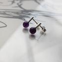 vidám darabok nagy ametiszt, Ékszer, Fülbevaló, Rohangálós fülbevalók lila ametiszt gyöngyös  darabja. 7 mm-es ametiszt gyöngyöt foglaltam egybe,egy..., Meska