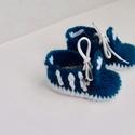 Adidas ihletésű baba cipő, Ruha, divat, cipő, Baba-mama-gyerek, Gyerekruha, Baba (0-1év), Horgolás, Saját kezűleg horgolt adidas baba cipő kék-fehér  színben! A cipő mérete 9 cm. Alkalmas kocsiba hor..., Meska