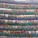 Csikós steppelt takaró, Otthon & Lakás, Lakástextil, Takaró, Foltberakás, Varrás, 190X165CM Pamut vászon anyagból készült takaró. Különböző mintázatú csíkok vannak összevarrva , s u..., Meska