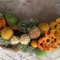 Erdei tavasz, Húsvéti apróságok, Mindenmás, Mindenmás, Virágkötés, Vessző koszorú alapot dekoráltam. Izlandi zuzmó,száraz növényi részek,horgolt virágok,fa és textil ..., Meska