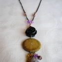 Lila romantika vintage nyaklánc, Ékszer, Nyaklánc, Füstös barnás-lilás romantikus nyaklánc. Dísze egy antik réz régi óra számlap.   Kiegés..., Meska